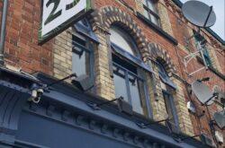 Bar 25 Lark Lane